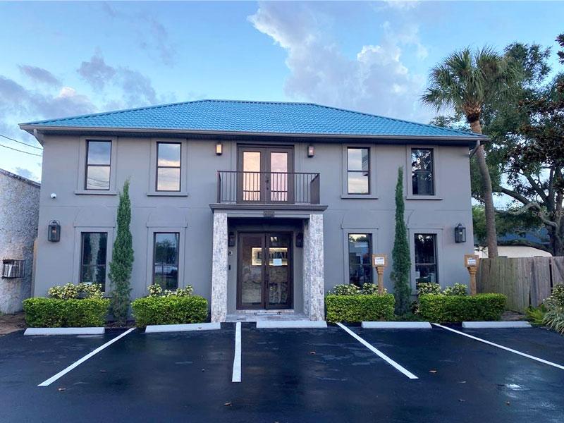 2112 West Kennedy Blvd, Tampa, FL 33606