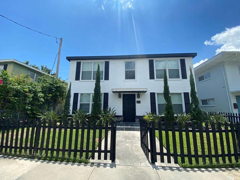 214 Columbia Drive, Tampa, FL 33606-3767